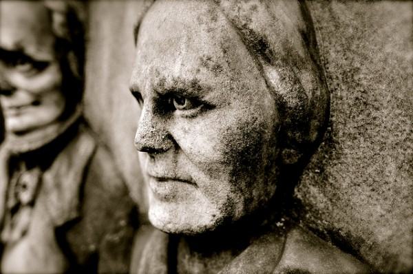 Detail of a headstone in Lone Fir Cemetery in Portland (credit: Amy Goodman)